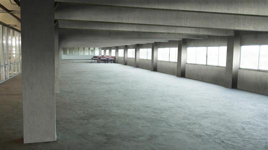 747 Warehouse Internal Storage